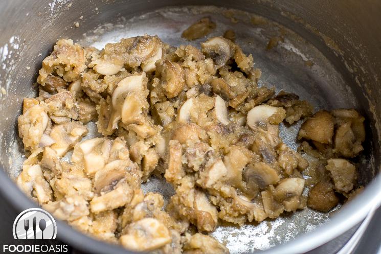 Mushroom-Gravy-20141225-06
